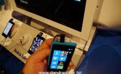 Nokia Lumia 800 0012