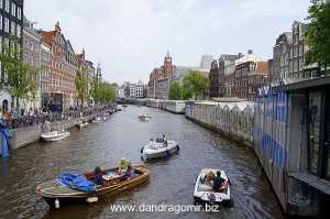 Amsterdam, pe canale