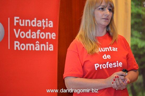 Elena Şerban, Fundaţia Vodafone