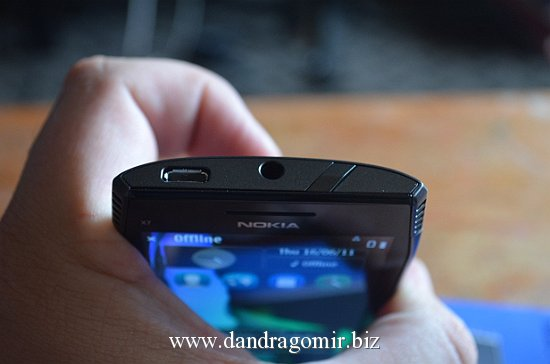 Nokia X7 buton power