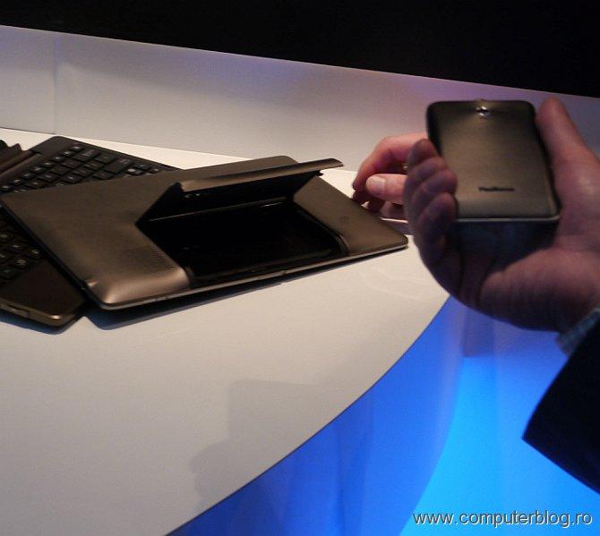 Asus Padfone - tableta