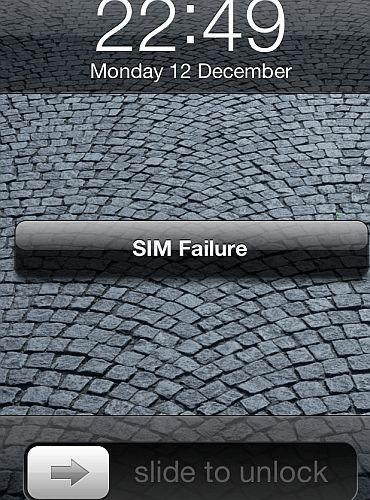 iPhone 4S invalid SIM