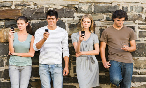 tineri - telefoane smartphone