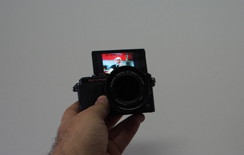 Olympus Pen Lite - ecran rotativ