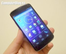 LG Nexus 4 0018