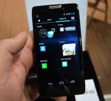 Motorola Razr HD - hands on (2)