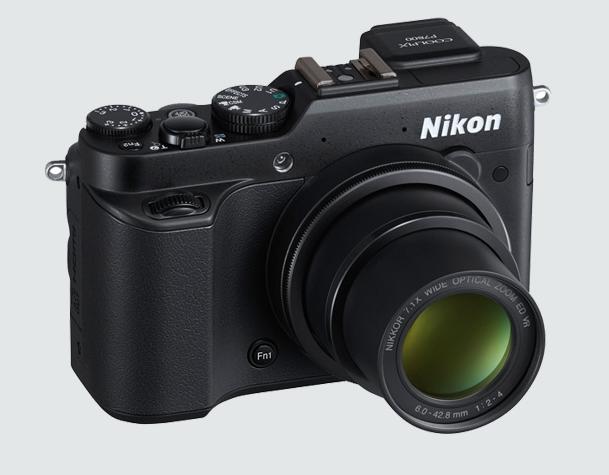 Nikon COOLPIX 7800