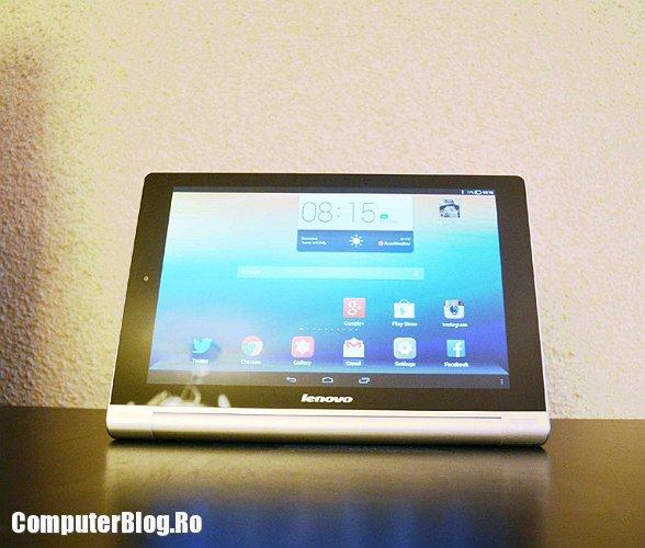 Lenovo Yoga Tablet - stand
