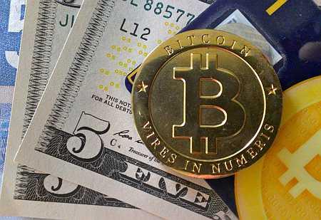 bitcoin versus cash