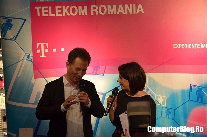 Nikolai Beckers lanseaza iPhone 6 in Romania