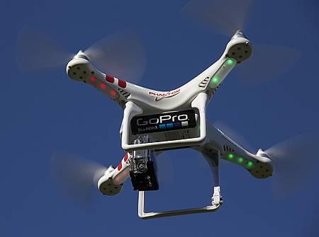 Drona Phantom pentru camere GoPro