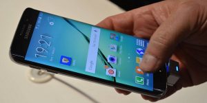 Samsung Galaxy S6 hands on at MWC 2015 (42)