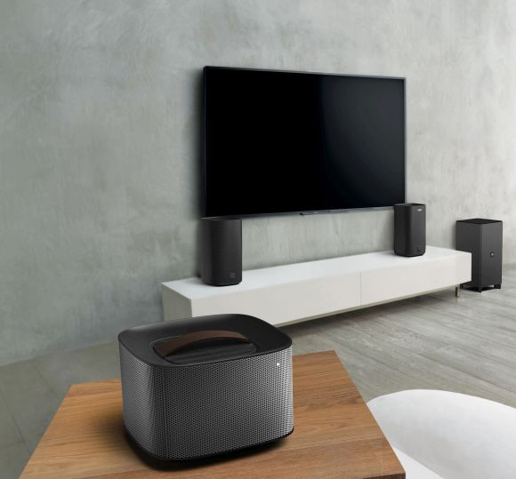 Philips_Fidelio_wireless_surround_cinema_speakers_E6_image2