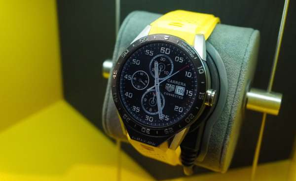 tag heuer connected smart watch