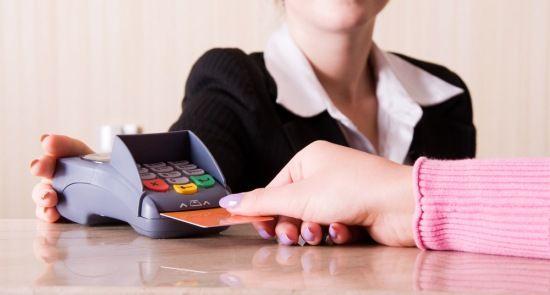 plata cu cardul la hotel