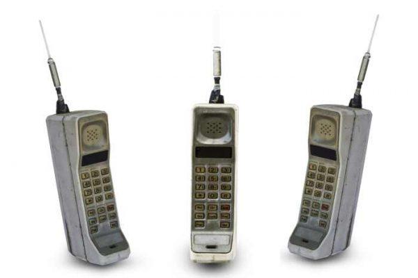 cine a inventat telefonul mobil?
