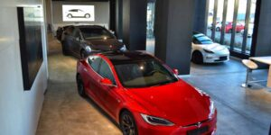 Showroom Tesla București Teslounge Bucharest (4)-min