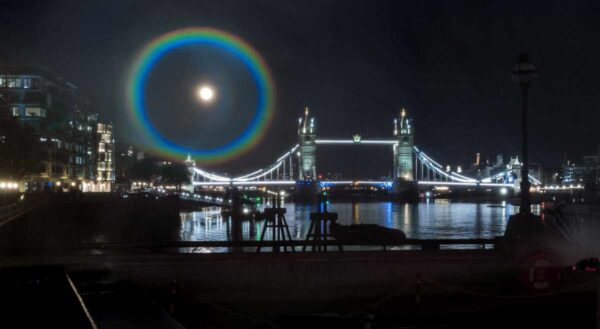 curcubeu nocturn  moonbow oneplus